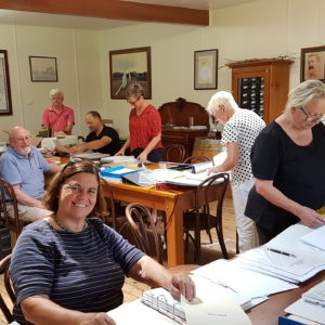 Participents in the working bee held in February 2019. L to R - Cate Rogers, Gregan McMahon, Lesley Abrahams, Brett Harvey, Leigh & Juliet Hart, Margaret McMahon, Geoff & Joy Hungerford and Pauline Tyrrell